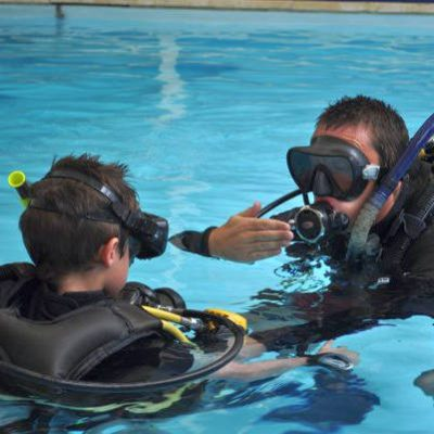 Discover Scuba Diving course by Namloo Divers Phuket